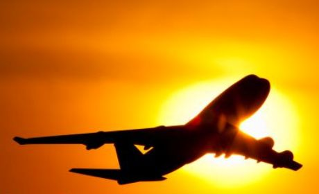 berbuka-puasa-di-pesawat