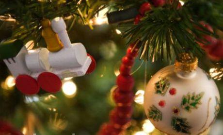 Mengucapkan Selamat Natal