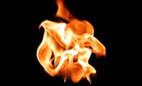 membakar