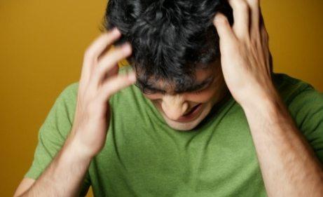 Cara Menghilangkan Ketombe dan Kutu Rambut